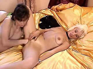 Xbabe blonde brunette fisting